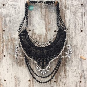 COLLAR PLATA OSCURA 1